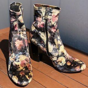 Mod Cloth Velvet Refresh Sock Boots